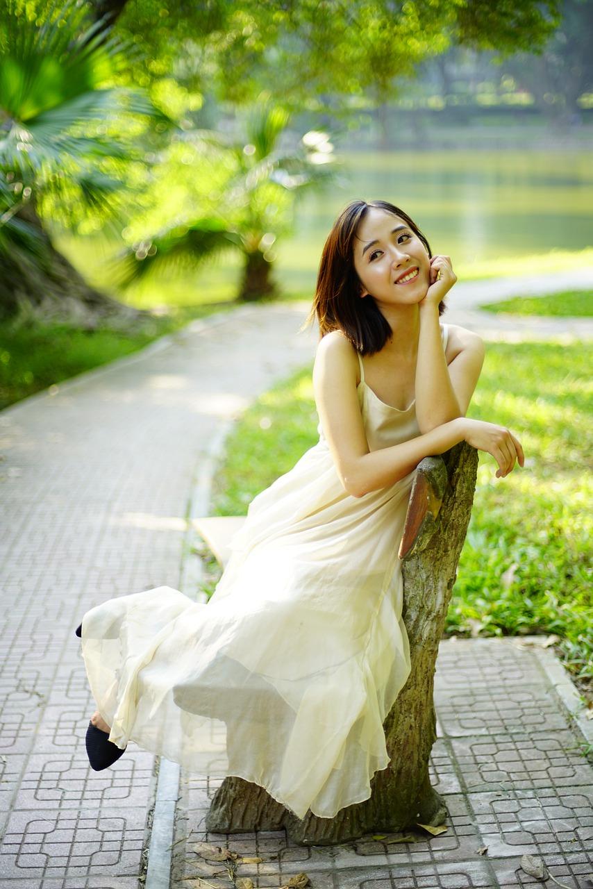 Sukienki z szyfonu na większe i mniejsze wyjścia